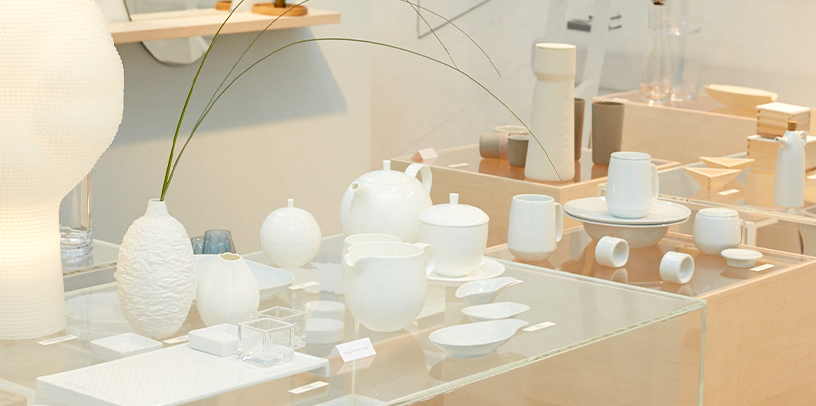 A haven of peace-cups-white porcelain