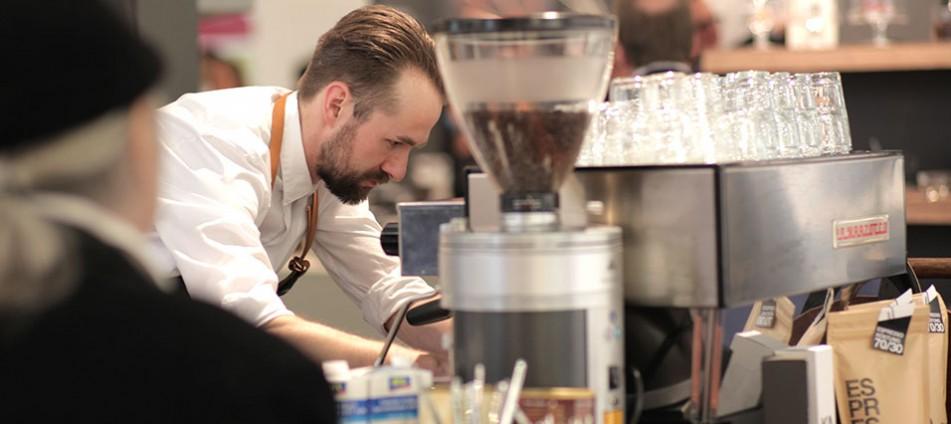 Coffee-to-go-Barista-Kaffeekultur-Kaffeemaschine