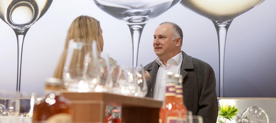 Bastian Fiebig-Gastronomiekritiker-Genussakademie-Frankfurt-Wein