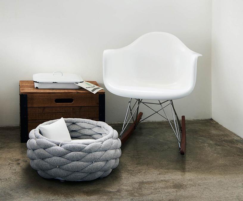 "Basket-shaped dog bed ""Riva"" from Laboni"