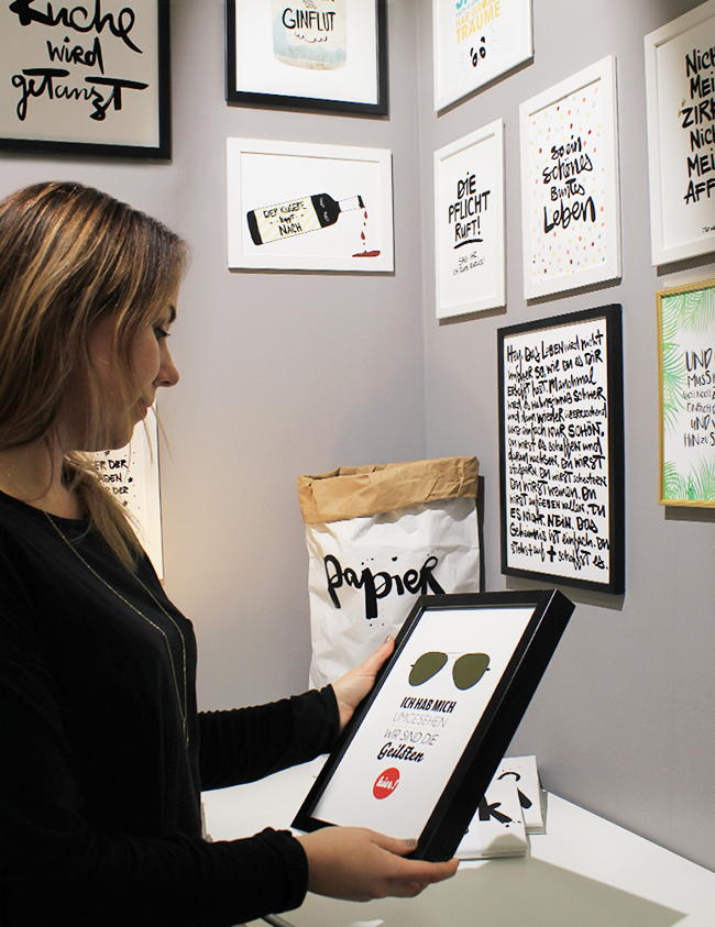 Nathalie Csorvasi, media designer and founder of the Studio Formart, reviewing her handlettering-style typographic designs