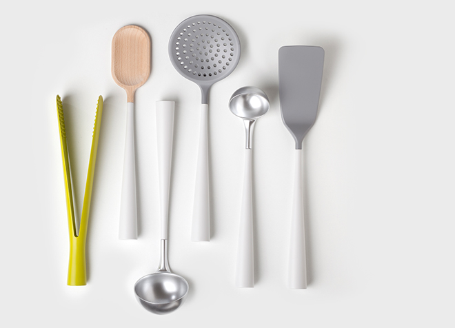 Innovative Robert Bronwasser designs, Homemedia, artful ceramic vases oder magnetic kitchen tools presented in a collage