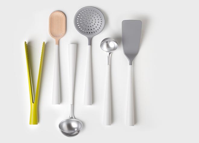 Innovative Robert Bronwasser Designs, Homemedia, kunstvolle Keramik Vasen oder magnetische Küchenutensilien präsentiert in einer Collage