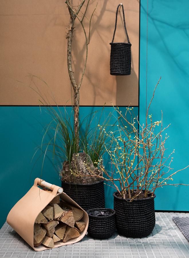 Holzträger-Tasche von Gedigo bei der Trendpräsentation Modest Regenerations auf der Ambiente 2018
