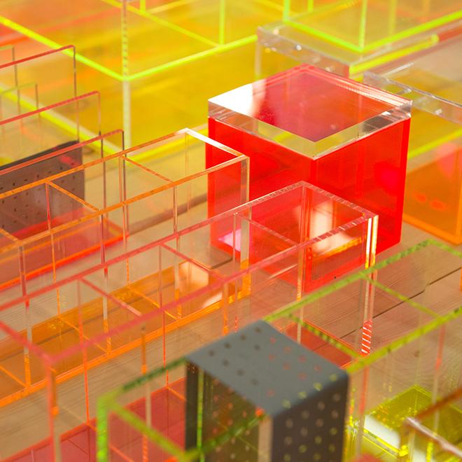 Schreibtisch-Accessoires aus Plexiglass von Lund London auf der Ambiente 2018