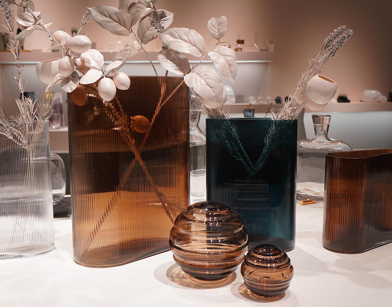 Vasen von Nude Glass auf der Ambiente 2018