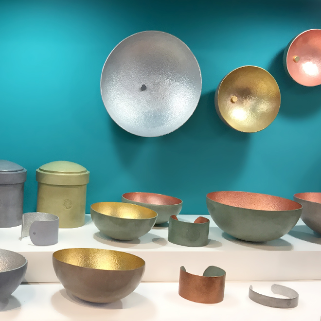 Bowls and bracelets from Afrika Tiss for Made51/UNHCR at Ambiente 2018