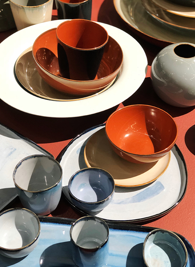 Tableware in blue and terracotta from Serax at Ambiente 2018