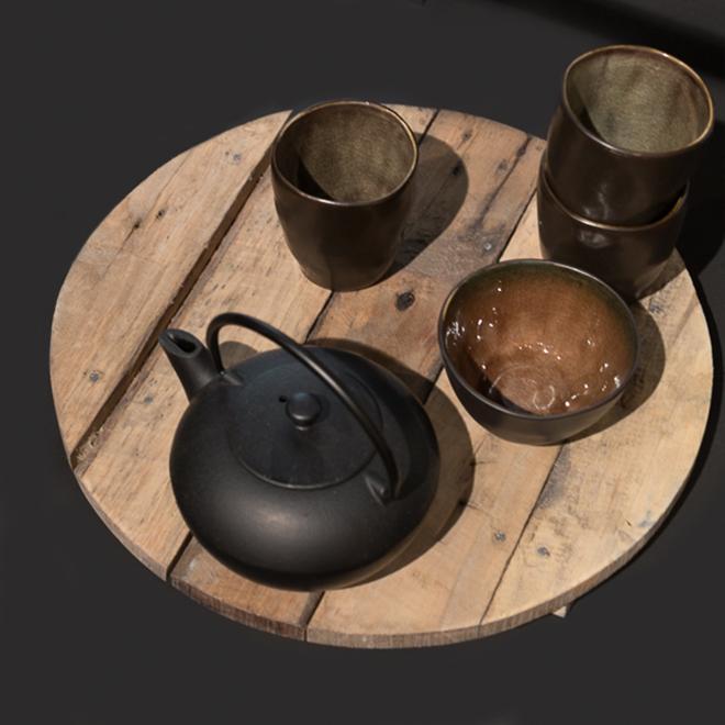 Teekanne und Teegläser von Serax auf der Ambiente 2018
