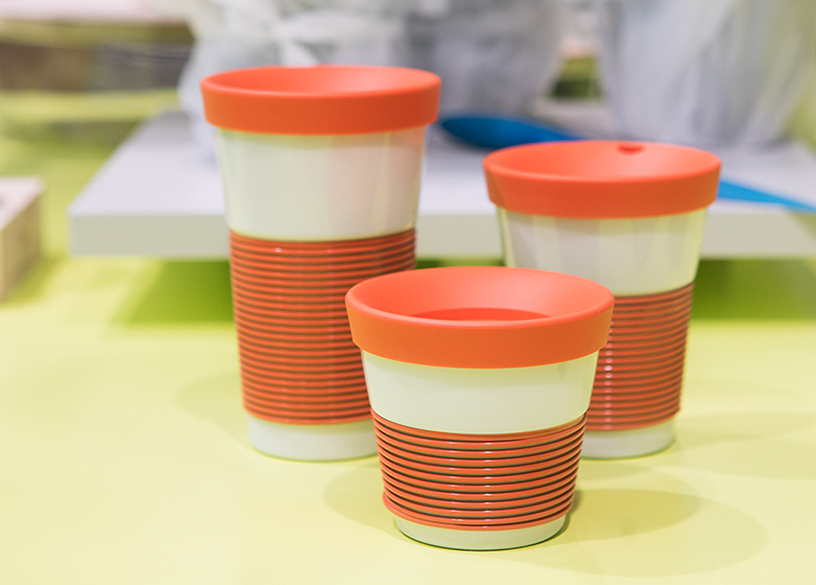 Porcelain thermo cups from Kahla at the trend presentation Colourful Intentions at Ambiente 2018