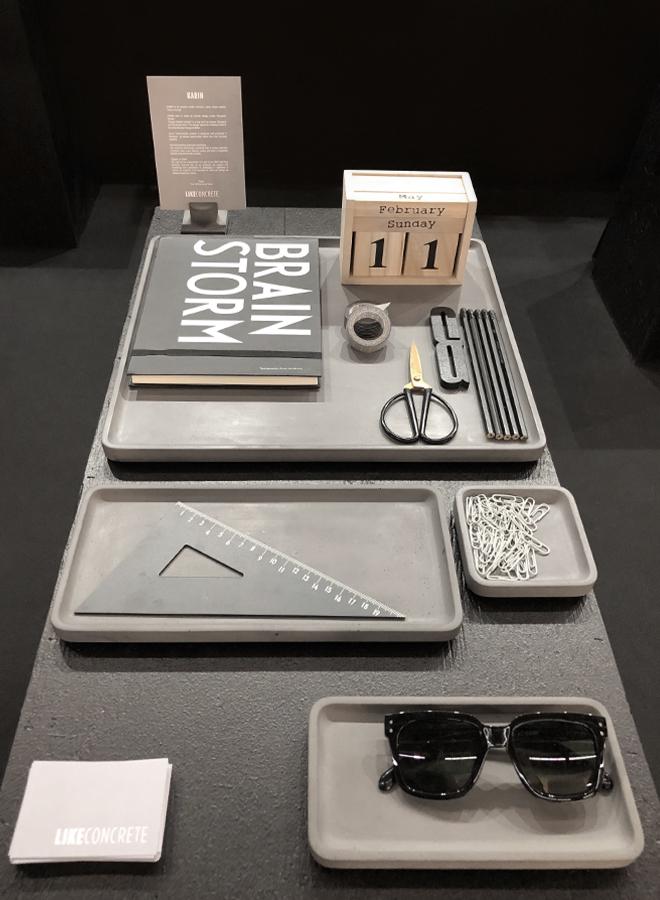 Schreibtischutensilien von Like Concrete auf der Ambiente 2018