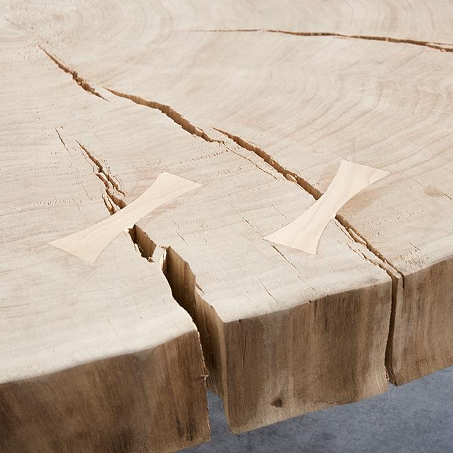Massivholz-Bartisch von Muubs