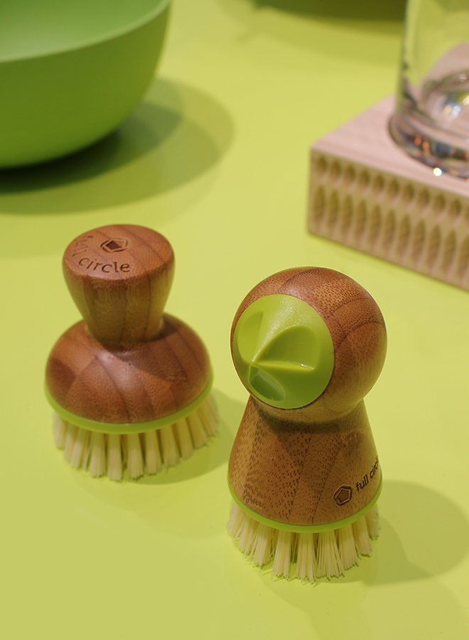 Potato scrubber and dish brush from Green Pioneer at the trend presentation Colourful Intentions at Ambiente 2018