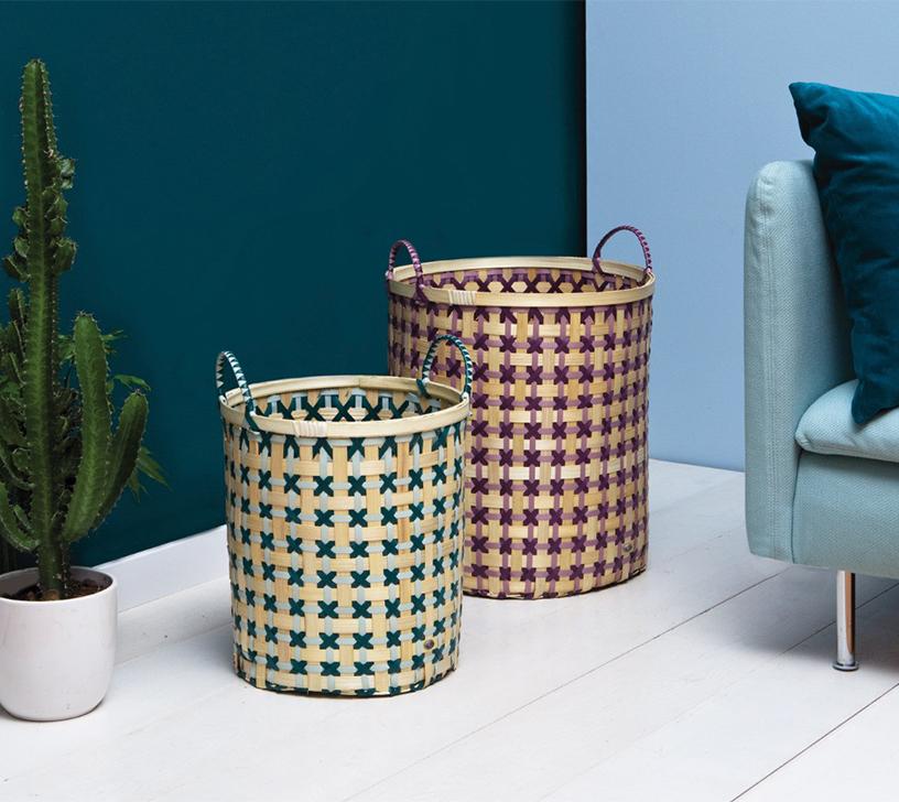 Körbe aus der Bamboolastic-Serie von Handed By, hergestellt aus recyceltem Plastik