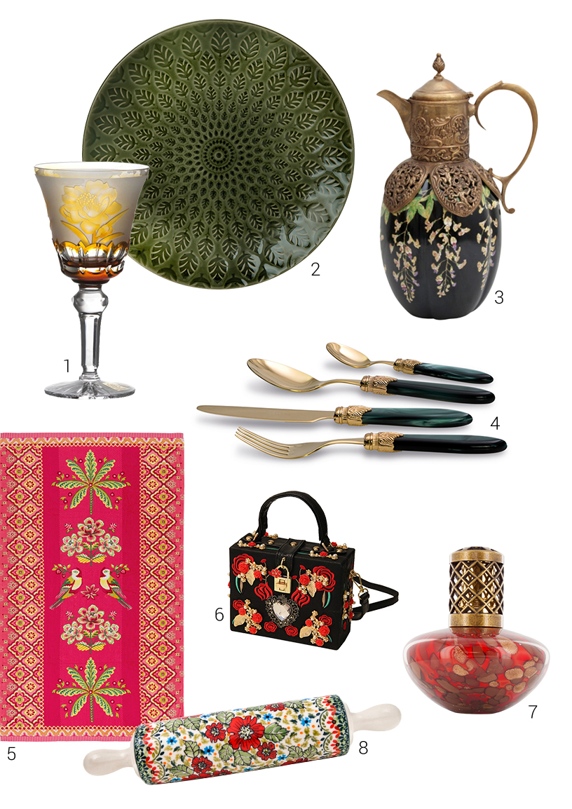 Composing from European vintage products in the Slavic style from exhibitors of the Ambiente fair