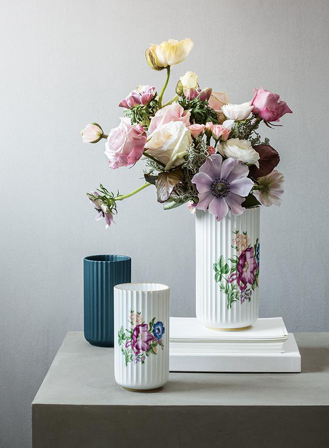 Vase von Lyngby aus Porzellan mit floraler Verzierung verkörpert den slawischen Stil