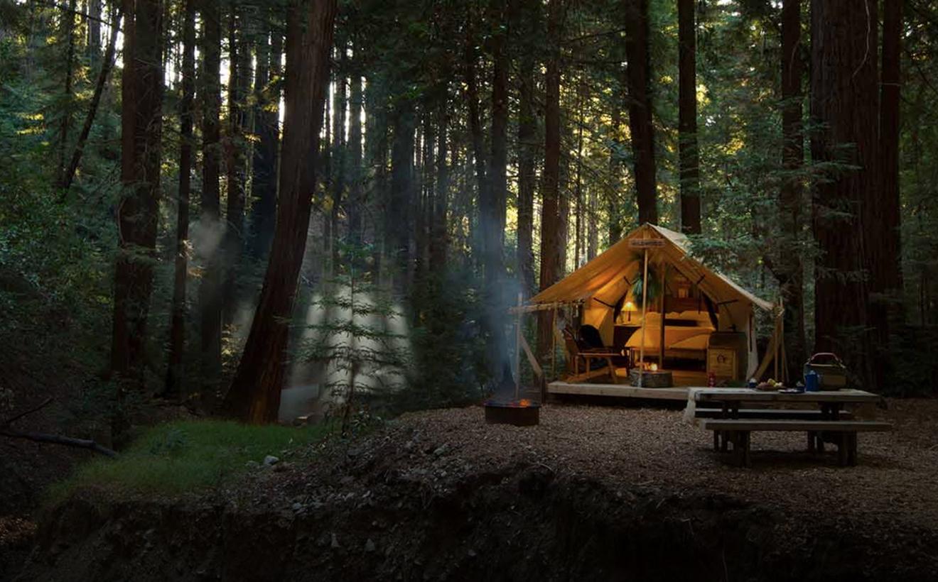 Außenansicht des Zeltes im Ventana Big Sur An Alila Resorts in Kalifornien U.S.A
