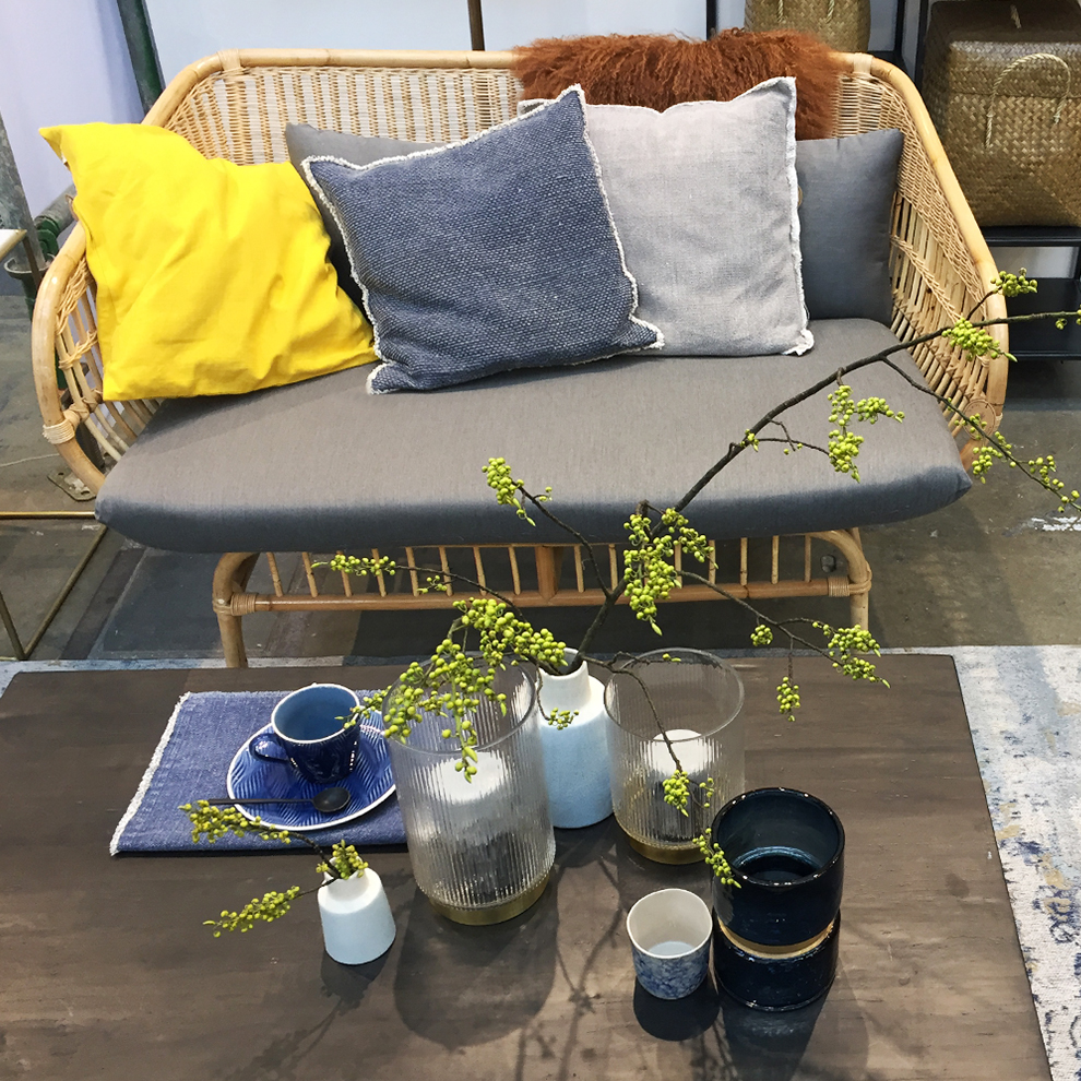 Rattan couch, side table and interior accessories from Nordal at Ambiente 2018